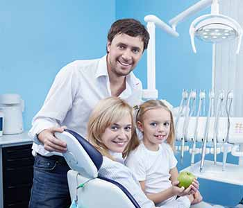Benefits of Dr. Ramsin Davoud dental health solutions for the entire family in Turlock, CA