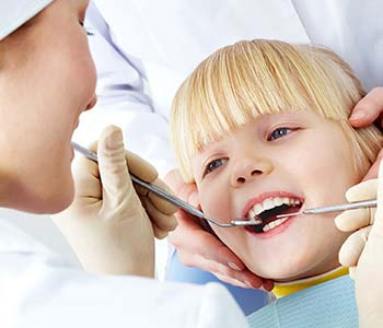 Dental office for oral health care for pediatric patients