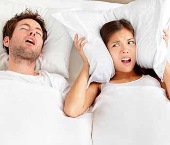 Dr. Davoud Ramsin explains What sleep apnea is