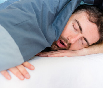 Sleep Apnea Symptoms and Risks in Turlock area